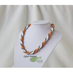 Kroucená spirálka v bílo oranžové