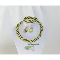Zigzag stipped Necklace - Yellow and Black